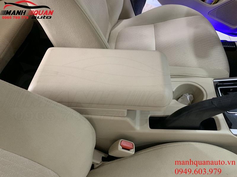 Lắp Hộp Tỳ Tay Cho Mitsubishi Xpander - Giúp Người Lái Thoải Mái Hơn